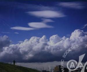「街の雲」