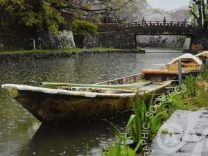 「雨の八幡堀」